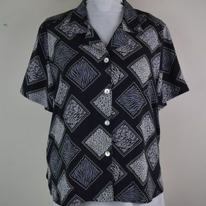 Notations Size XL Short Sleeve Button Up Shirt
